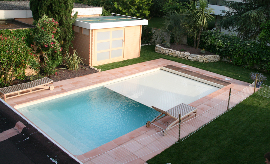 R alisations techneau piscine for Installation volet roulant piscine hors sol
